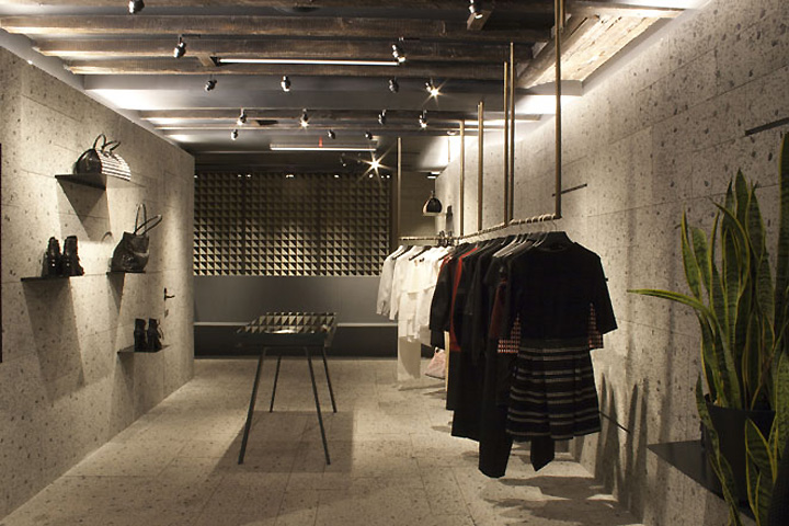Manhattan Designer Clothing Outlets The lighting design caters to