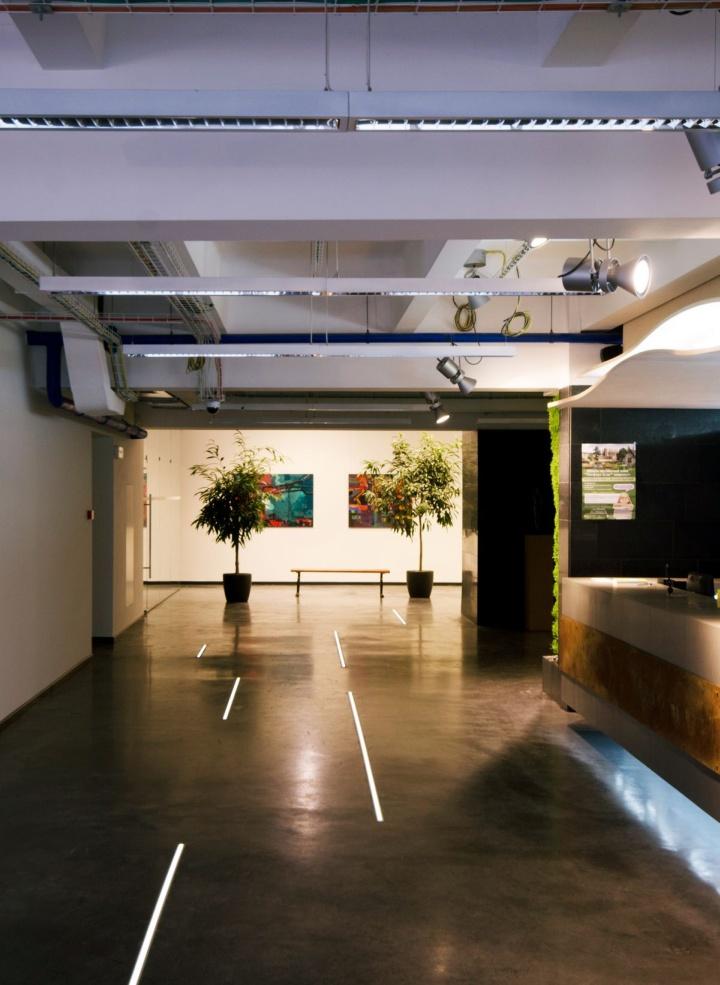 187 Technology Company Office By Tseh