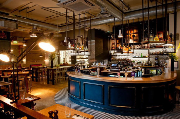 The tokenhouse restaurant bar by harrison london retail for Photo de bar restaurant