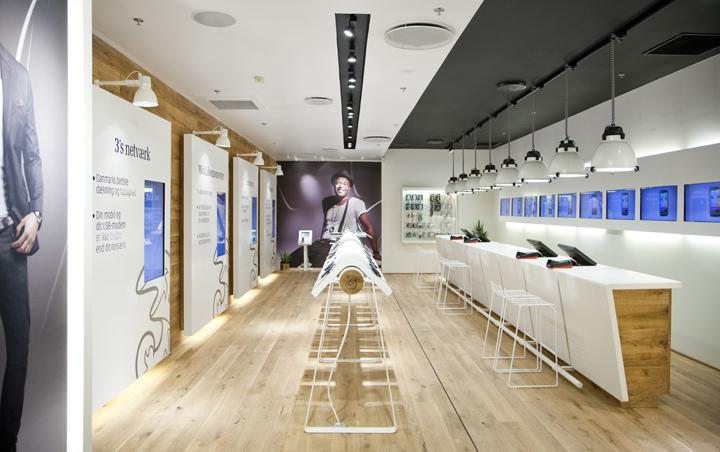 3 mobile store by riis retail aarhus denmark for Mobel onlineshop design