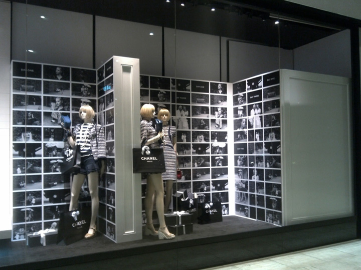 Chanel retail design blog for Show window designs