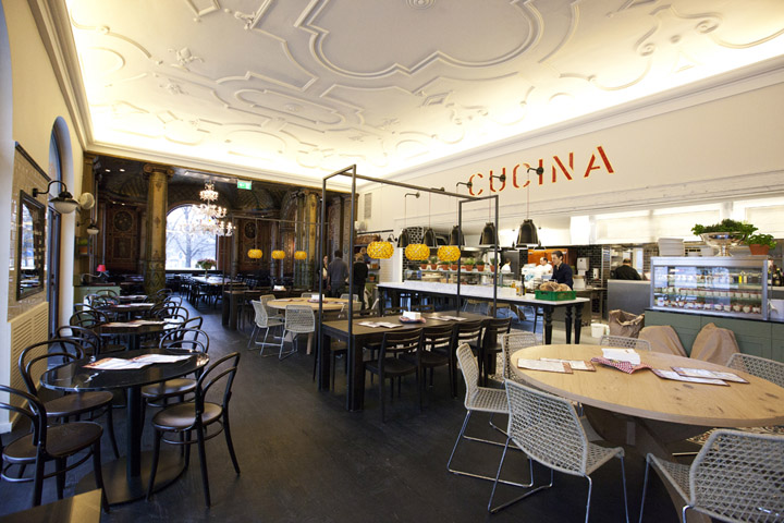 L osteria restaurant at k nstlerhaus by dippold for Innenarchitektur restaurant