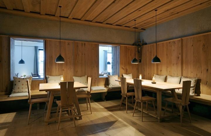 wiesergut hotel by gogl partners architekten