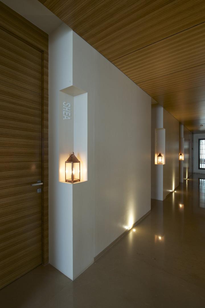 Day spa by kdnd studio llp mumbai india retail design for Salons in mumbai