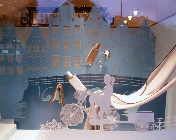hermes window display 2013 paris. Black Bedroom Furniture Sets. Home Design Ideas
