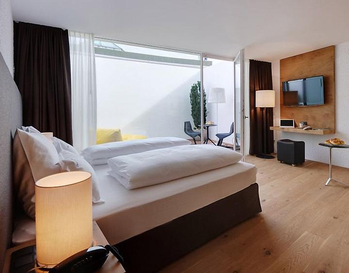 Hotel pupp by bergmeisterwolf architekten brixen italy for Design hotel italia