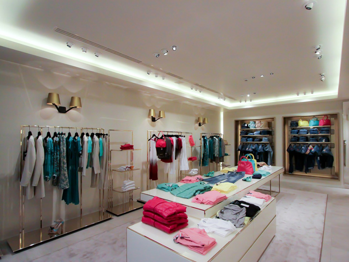 LIU•JO store by Christopher Goldman Ward, Reggio Emilia – Italy ...