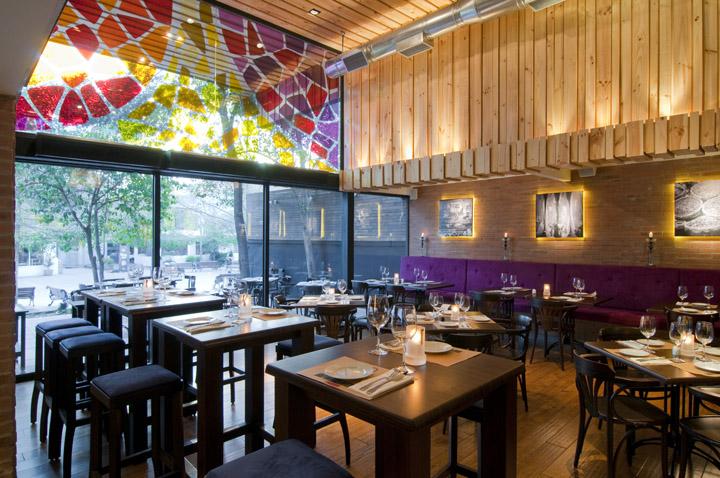 La boquer a de barcelona restaurant by droguett a a for Restaurant window design