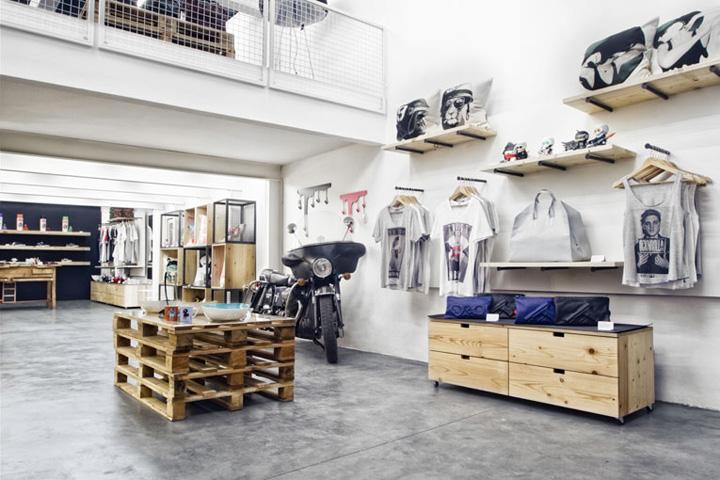 Oddfish store by Maia Aoun Beirut 02 Oddfish store by Maia Aoun, Beirut