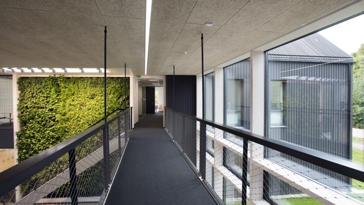 ARCHITECTURE FIRM OFFICES Skanska Green Office