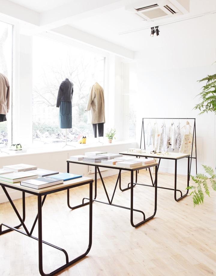 The broken arm concept store paris retail design blog - Concept store marais ...