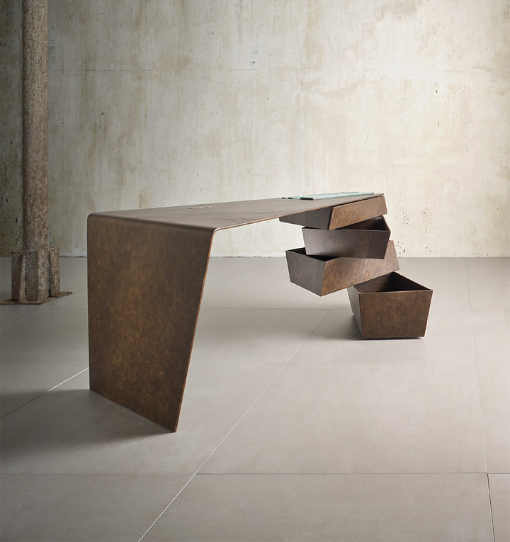 Torque Desk by Alessandro Isola and Supriya Mankad from I ...