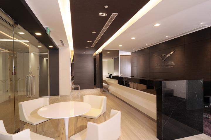 eye clinic office kyoob singapore eagle centre interior medical retaildesignblog commercial counter designed