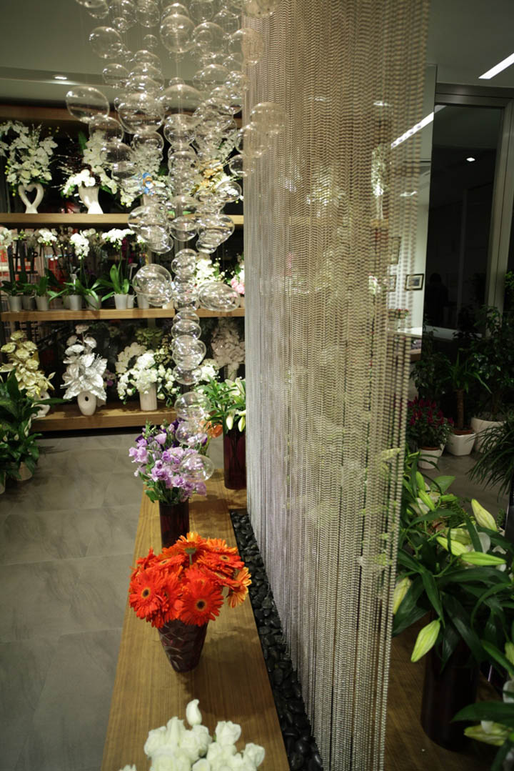 Flower shop by Aysu ÇİÇEK, Istanbul » Retail Design Blog