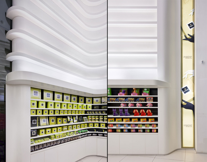 Groceries patchi store by lautrefabrique architectes for Office design hamra