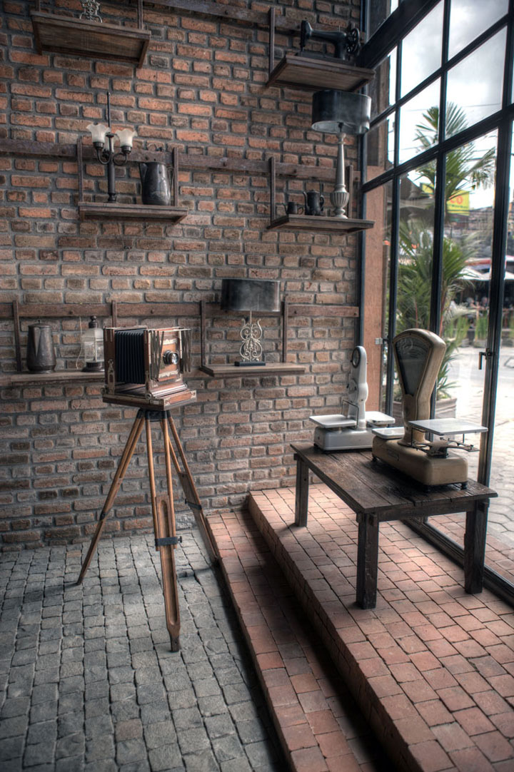 The bistrot restaurat seminyak bali retail design blog - Vintage industrial interior design ...