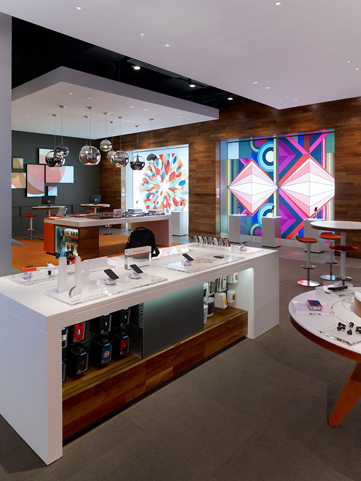 187 At Amp T Michigan Avenue Flagship Store By Callison Chicago