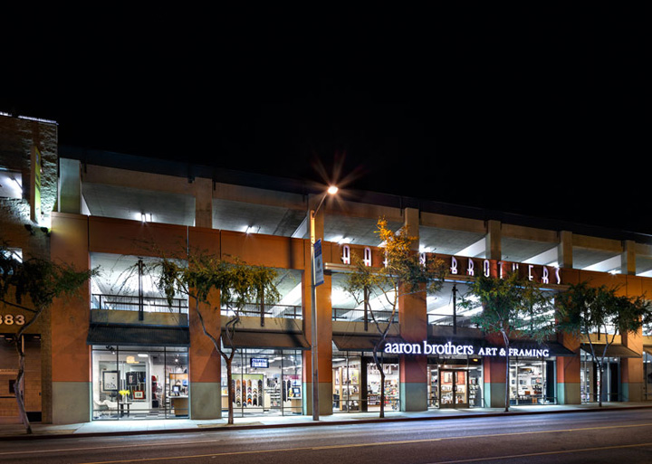 Aaron Brothers has stores scattered throughout Southern California. In Los Angeles County, they can be found in Santa Clarita, Woodland Hills, Burbank, Studio City, Hollywood, West Hollywood.