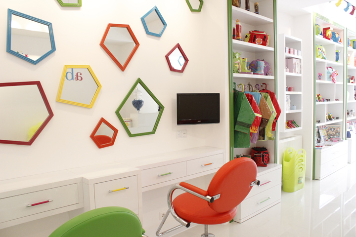 Kids retail design blog for Abracadabra salon