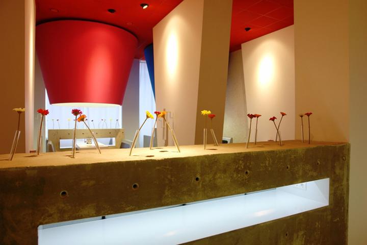 Aeropalich restaurant by architectural bureau khramova for Design hotel chiemsee
