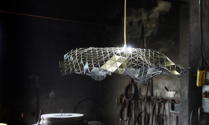 TOP 10 FAMOUS LAMPS Facetada lamp by Andreu Carulla