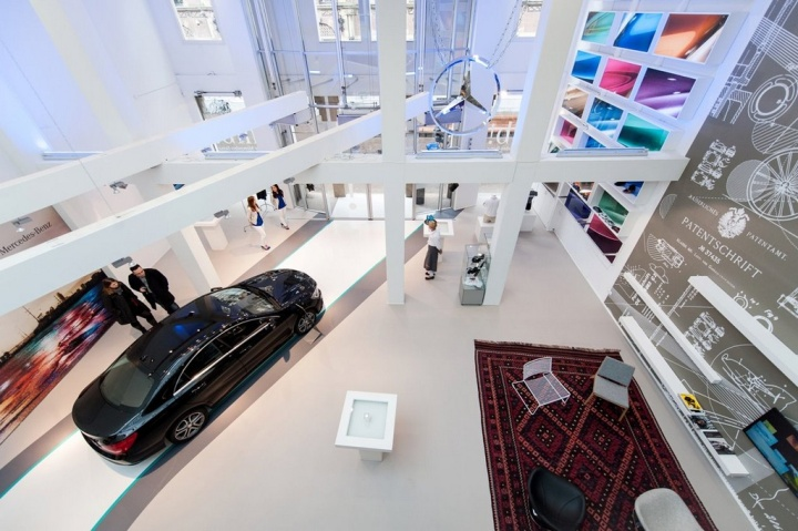 Pop up stores mercedes benz pop up store by buro loods for Buro shop concept