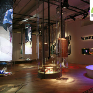 POP-UP STORES! Nike Zoom LeBron IV pop-up store by Eight Inc., New York 707e5942810