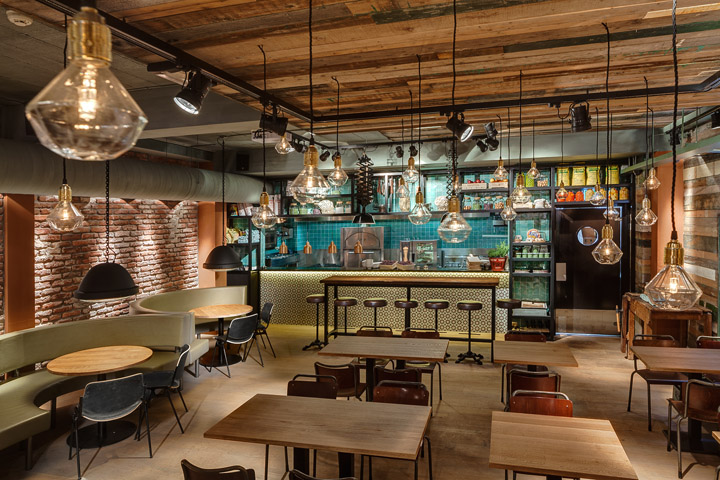 Stan co restaurant by de horeca fabriek utrecht for Decoration murale industrielle