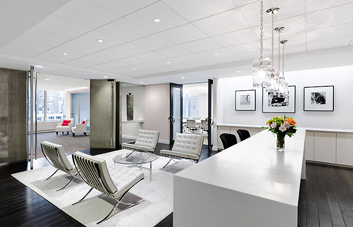 Avon executive suites by spacesmith new york retail for Office interior design nyc