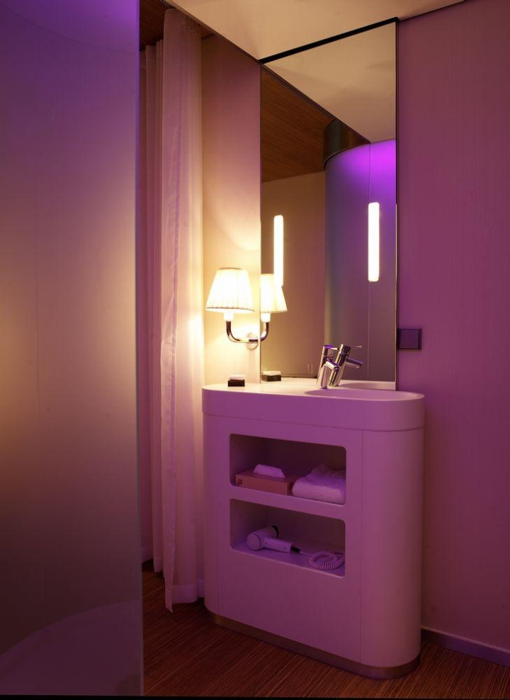Bathroom Lighting Glasgow citizenm hotelconcrete architectural associates, glasgow – uk