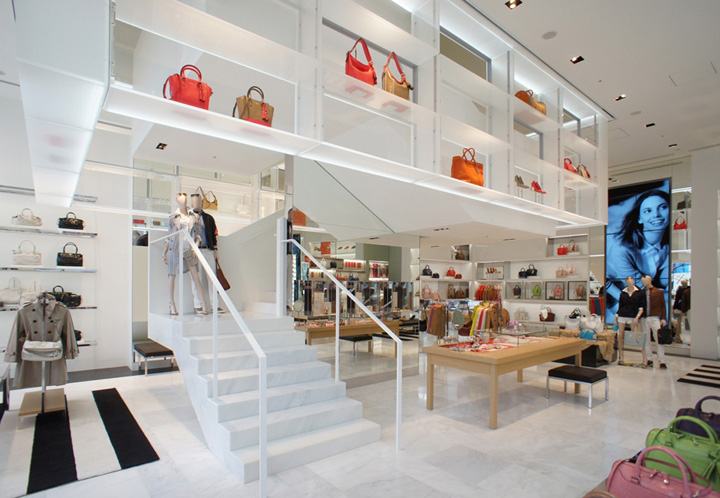 10 MUST VISIT RETAIL SHOPS IN THE WORLD 10 MUST VISIT RETAIL SHOPS IN THE WORLD Coach flagship store by OMA Tokyo
