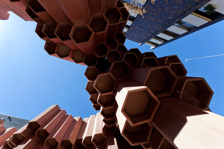 Corrugated Cardboard Pavilion by Miguel Arraiz Garcia David Moreno Terron Valencia Spain 04 Corrugated Cardboard Pavilion by Miguel Arraiz García & David Moreno Terrón, Valencia   Spain