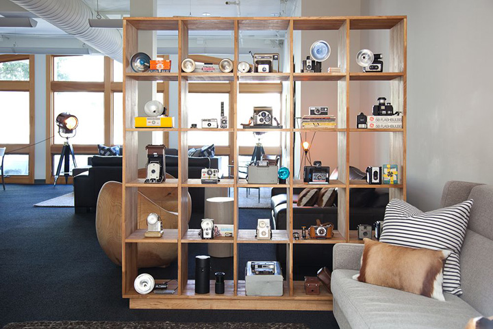 BEST 10  RECENT WORKSPACES IN THE WORLD Instagram office by Lauren Geremia