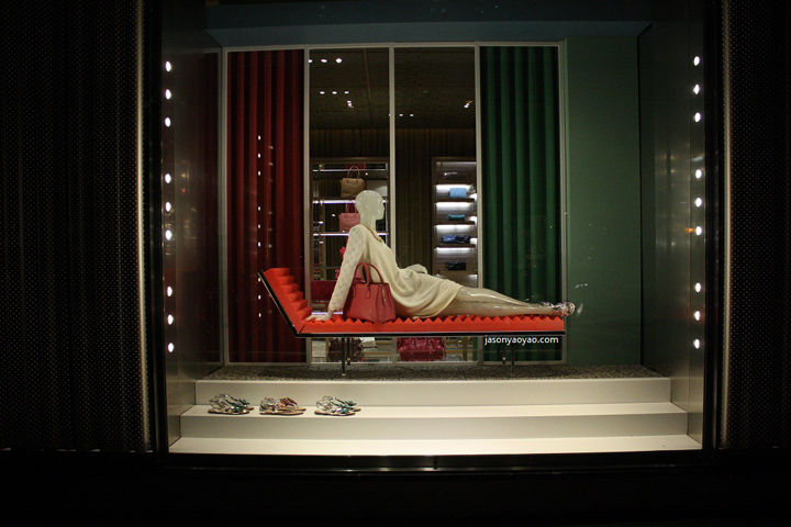 Retail projects: TOP 7 Retail Window Dispays Miu Miu windows at Bond street London