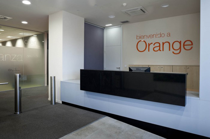 BEST 10  RECENT WORKSPACES IN THE WORLD Orange call center by 3g Office Oviedo Spain