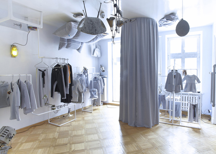 10 MUST VISIT RETAIL SHOPS IN THE WORLD 10 MUST VISIT RETAIL SHOPS IN THE WORLD Risk made in Warsaw store by smallna Warsaw