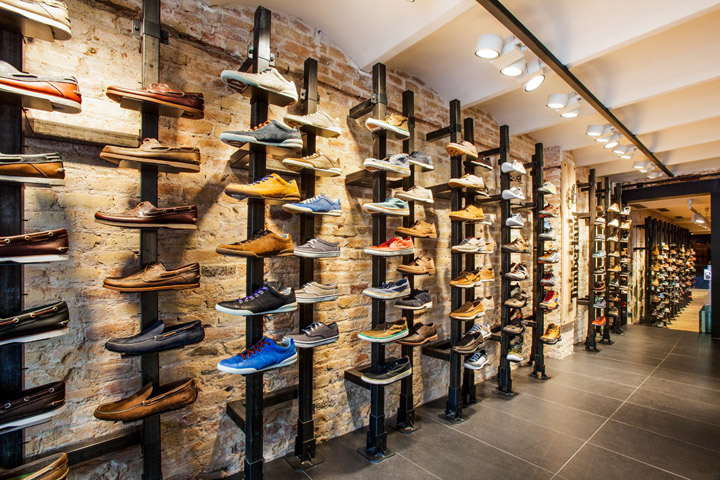 Timberland store by green room barcelona retail design blog for Green room retail design