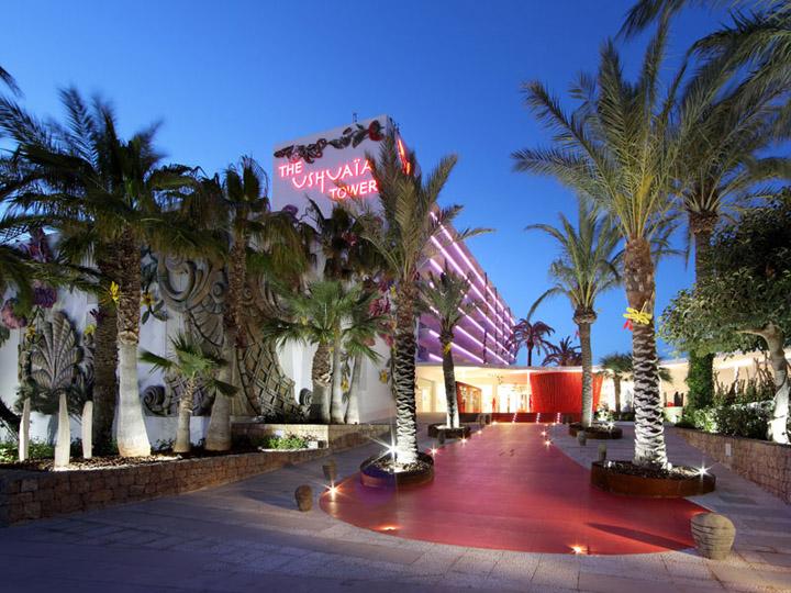 Ushuaia Ibiza Beach Hotel by Belta Frajumar Spain 08 Ushuaia Ibiza Beach Hotel by Beltá Frajumar, Spain