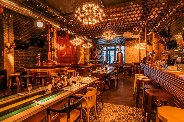 Bucharest singles bar