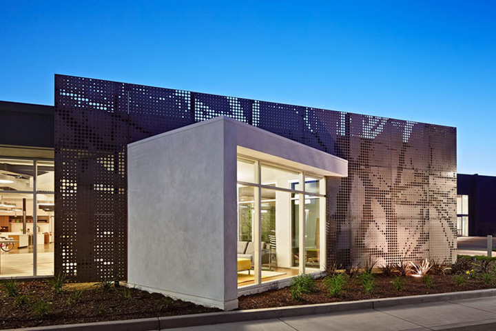 One workplace headquarters by blitz santa clara for Modern retail building design