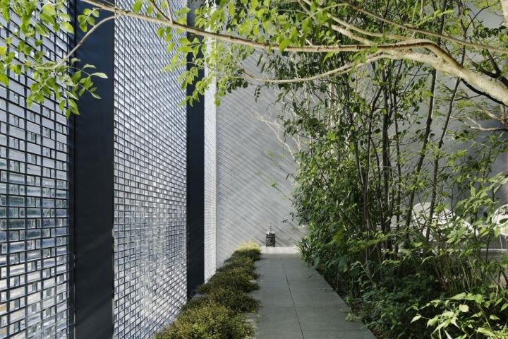 187 Optical Glass House By Nap Architects Hiroshima Japan