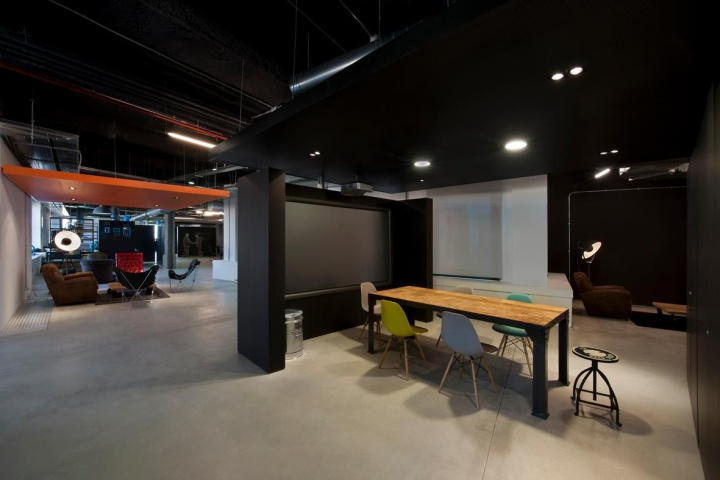 Wayra office by quanto arquitectura madrid for Arquitectura 15 madrid