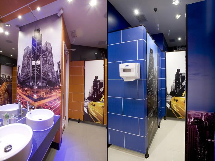 one2free megastore by clifton leung design workshop hong kong retail design blog. Black Bedroom Furniture Sets. Home Design Ideas