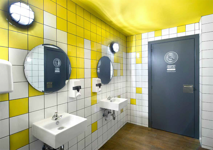 Frankfurt station fast food restaurant by egue y seta for Fast bathroom remodel