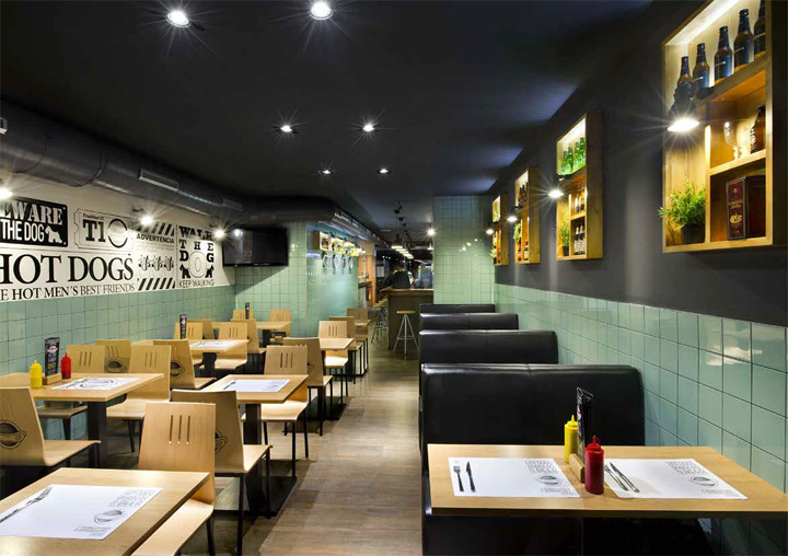 Fast food retail design blog for Fast food decoration