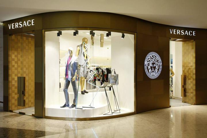 Versace Boutiques By Donatella Versace Amp Jamie Fobert