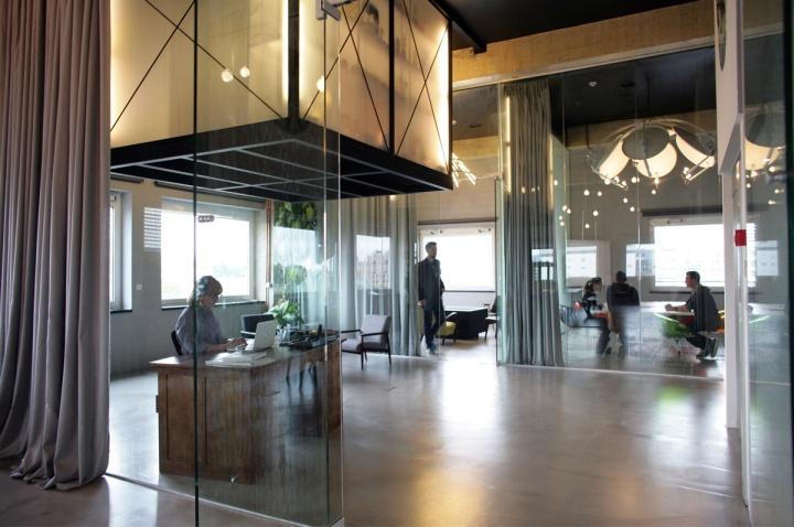 Bruketa ini om office by brigada zagreb croatia for Design office zagreb