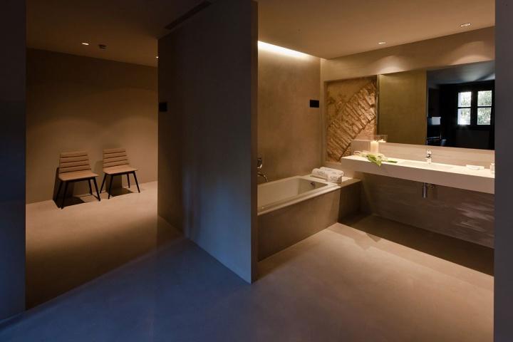 Caro hotel by francesc rife studio valencia spain 02 for Hotel design studio