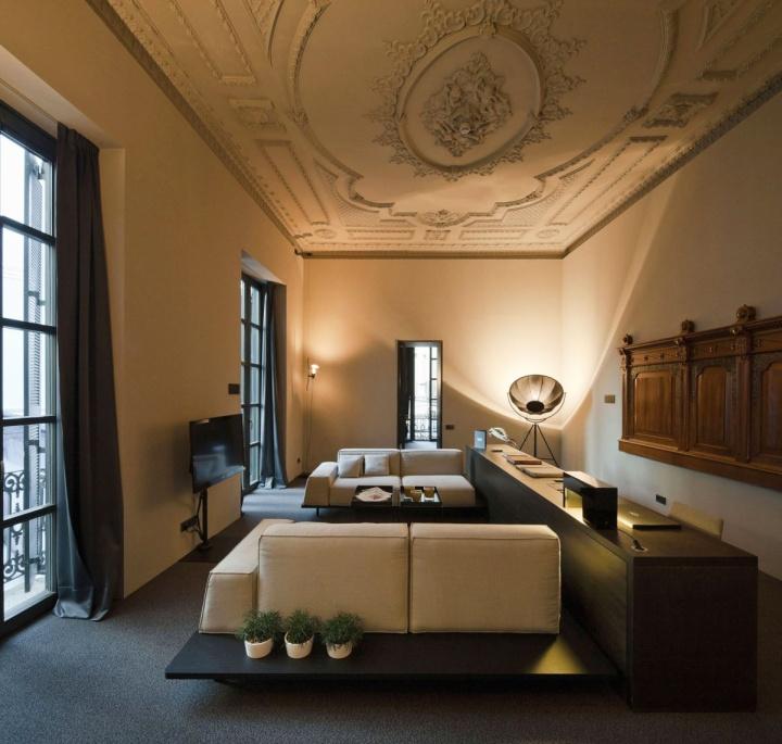 Rustic hotels caro hotel by francesc rif studio for Design hotels spain