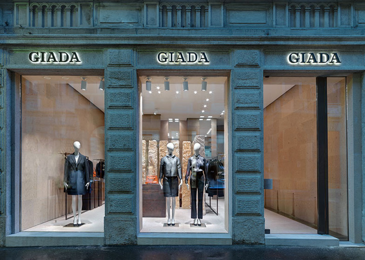 giada fashion boutique by claudio silvestrin milan. Black Bedroom Furniture Sets. Home Design Ideas